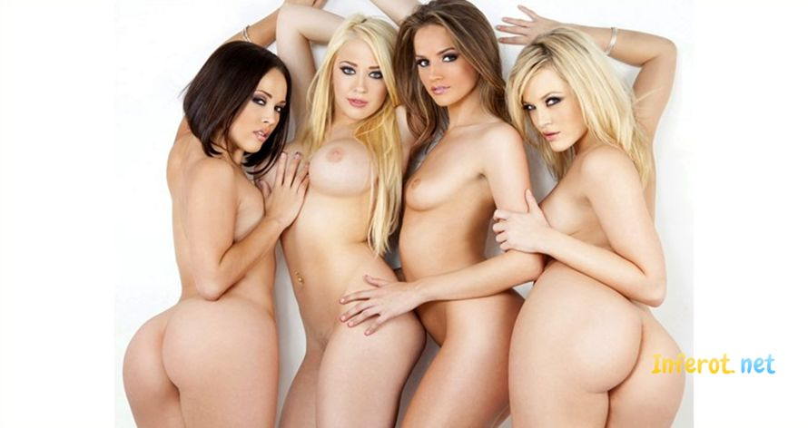 Super sexy naked girls